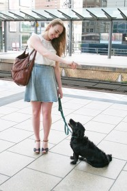 Anna Juliana mit Geri, Bahnhof Alexanderplatz